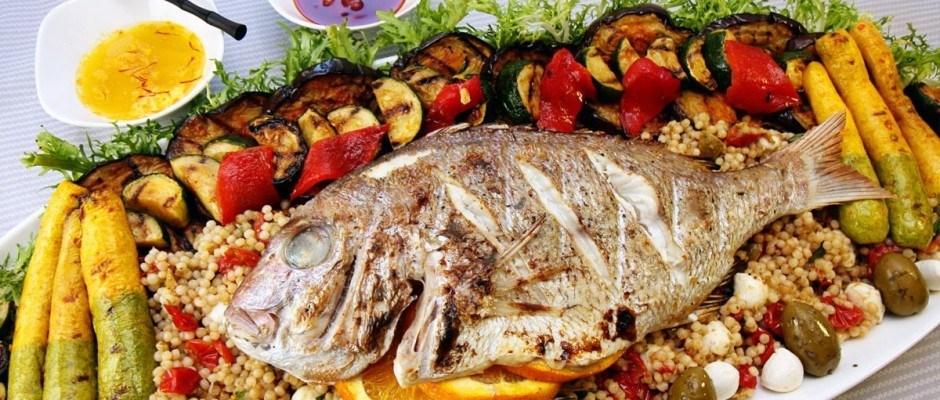 como-aprovechar-las-propiedades-del-pescado-cuando-lo-limpias-plato
