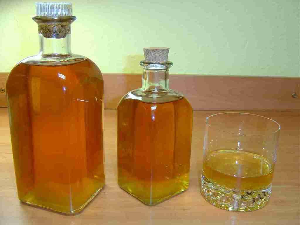 los-10-licores-medicinales-mas-utilizados-casero