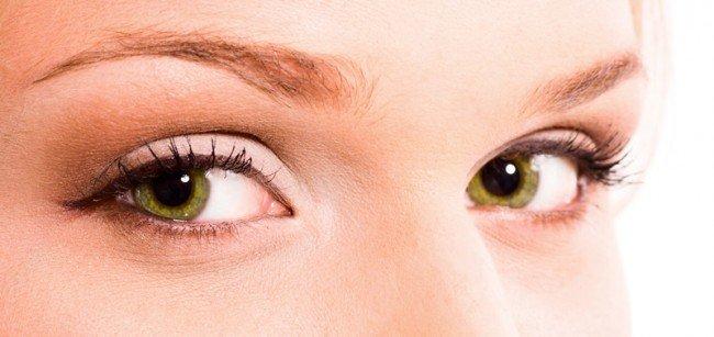 remedios-caseros-para-cuidar-el-contorno-de-los-ojos-arrugas