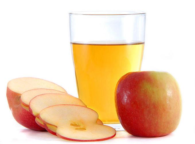 vinagre-de-manzana-propiedades-beneficio-y-como-tomarlo-manzana-y-vaso