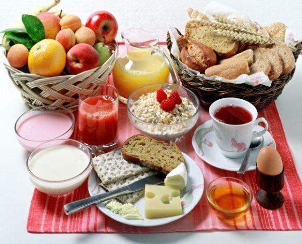 un-buen-desayuno-ayuda-a-bajar-de-peso-3