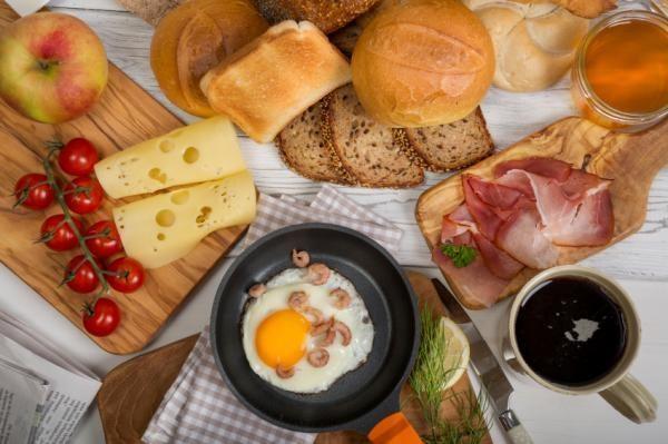 un-buen-desayuno-ayuda-a-bajar-de-peso-4