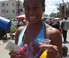 Nuevo condón femenino más económico, sujeto a revisión por la FDA