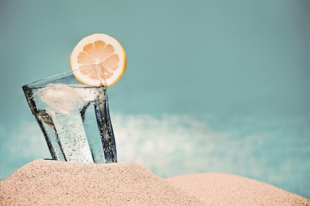 habitos-saludables-en-verano-hidratacion