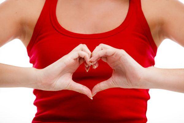 una-hierba-suave-pero-efectiva-para-el-corazon-espino-blanco-afecciones-cardiacas