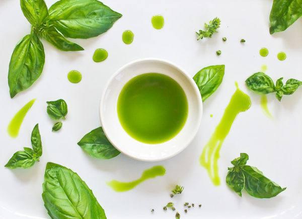 aceite-de-albahaca-propiedades-y-beneficios