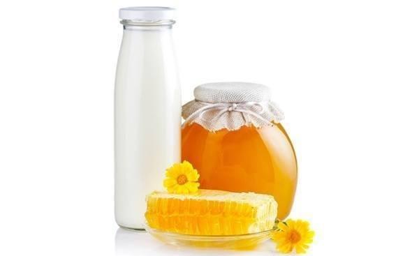 baño-de-miel-y-leche