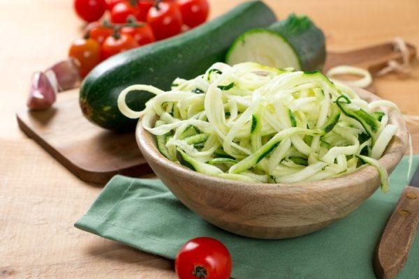 Dieta crudivegana recetas calabacin tallarines