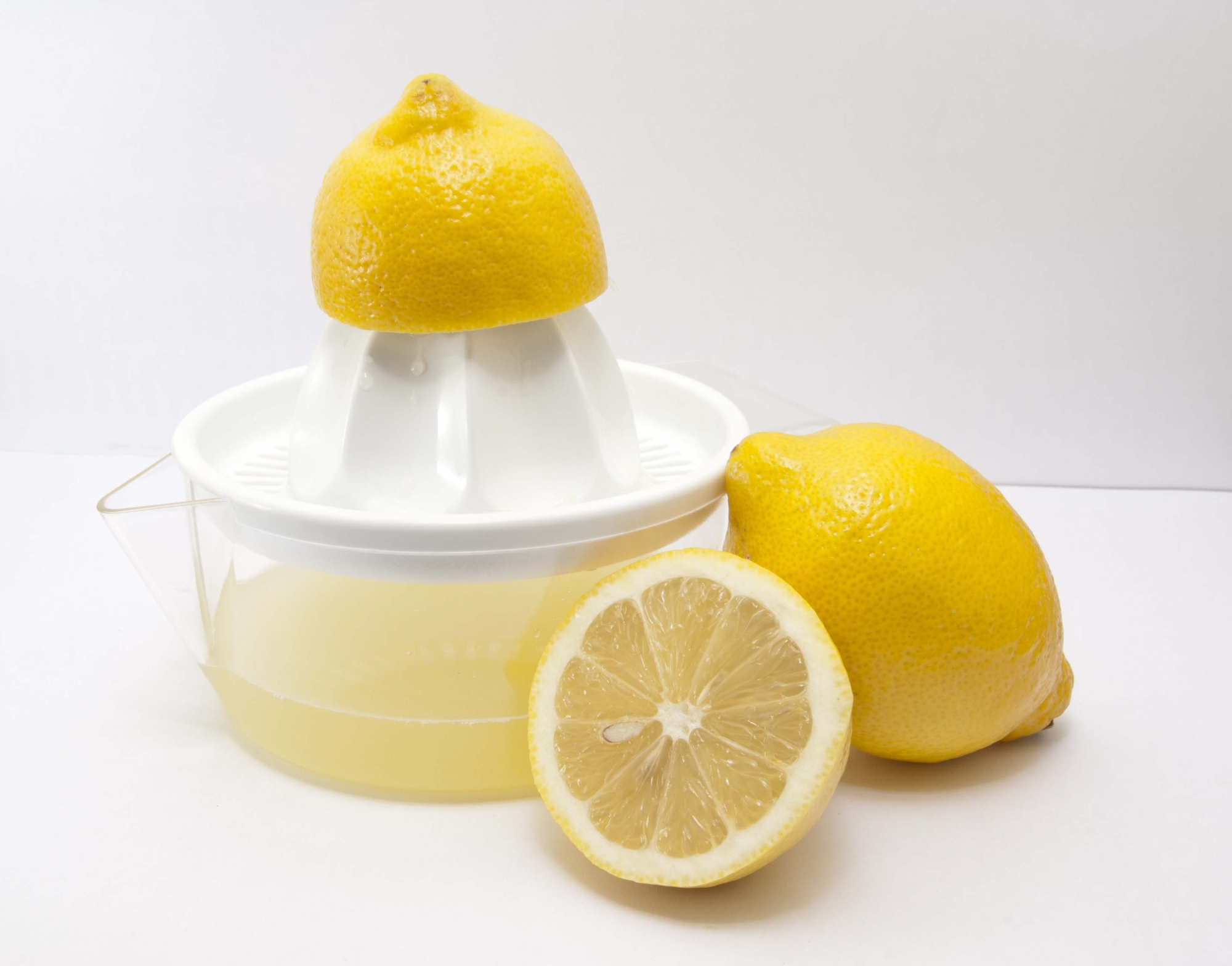 picaduras-de-chinches-remedios-caseros-zumo-de-limon