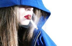 Dejar de fumar es más difícil para las mujeres