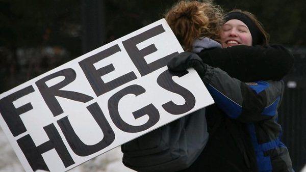 abrazos gratis free hug
