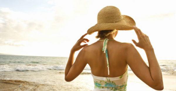 como-prevenir-la-alergia-al-sol-evitar-exposicion-directa