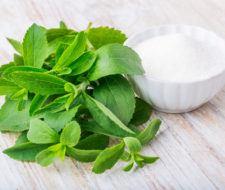 Stevia (Estevia): beneficios y propiedades para la salud