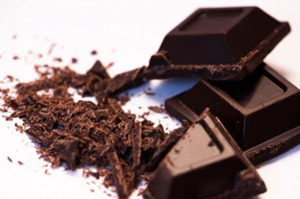 bajar-la-tension-de-manera-natural-chocolate-negro