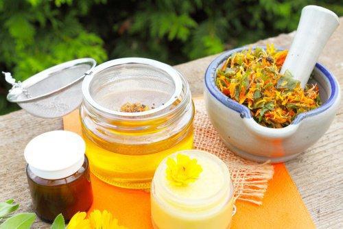 tratar-metodos-naturales-una-contractura-cervical-aceite-arnica