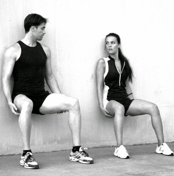 los-mejores-ejercicios-piernas-sentadillas-isometricas