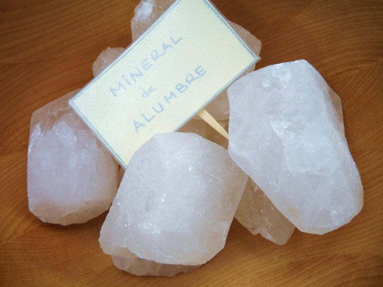 Piedra de alumbre como desodorante natural funciona - Como colocar piedra natural ...