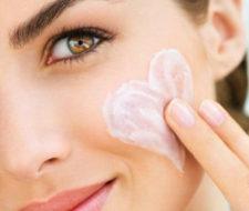 Las mejores cremas para la cara según tu edad