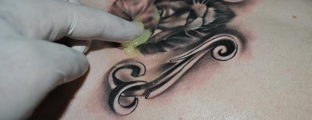 Cremas Para Tatuajes Para Una Mejor Cicatrización World Health Design