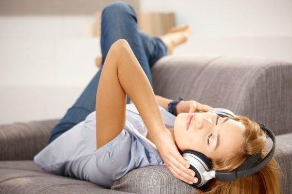 Pon musica sonidos relajantes
