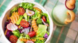 Beneficios de las cenas ligeras: Recetas y consejos
