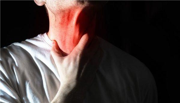 Como eliminar el moco o la flema de la garganta