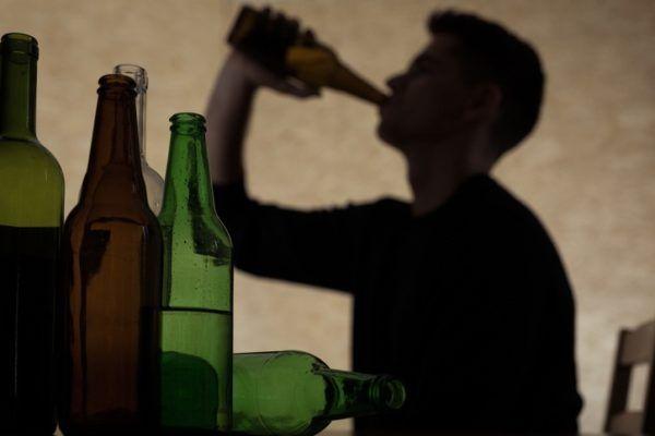Causas de la pancreatitis aguda consumo excesivo de alcohol