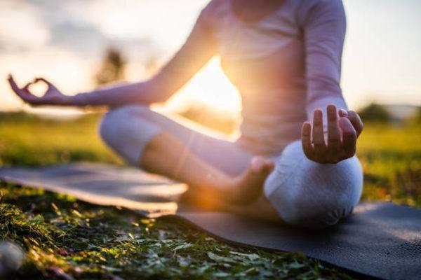 Ejercicios para aliviar el estres yoga