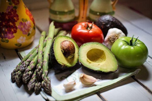 remedios-caserios-y-naturales-aliviar-hernia-de-hiato-dieta