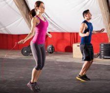 10 beneficios de saltar a la cuerda para adelgazar