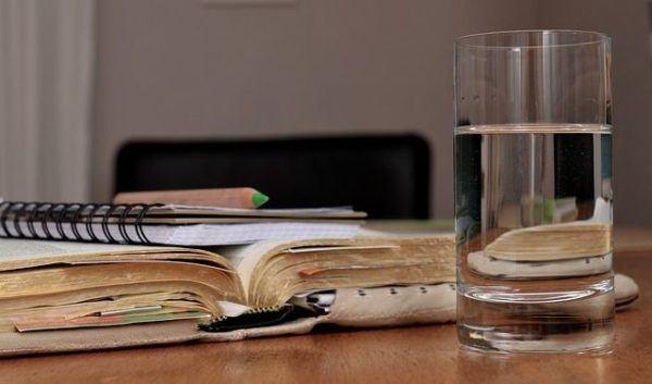 faringitis-remedios-naturales-agua