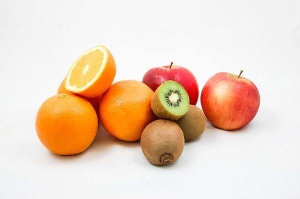 faringitis-remedios-naturales-fruta
