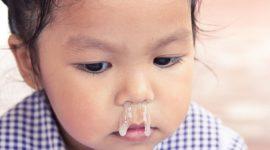 Cómo eliminar el moco o la flema de la garganta