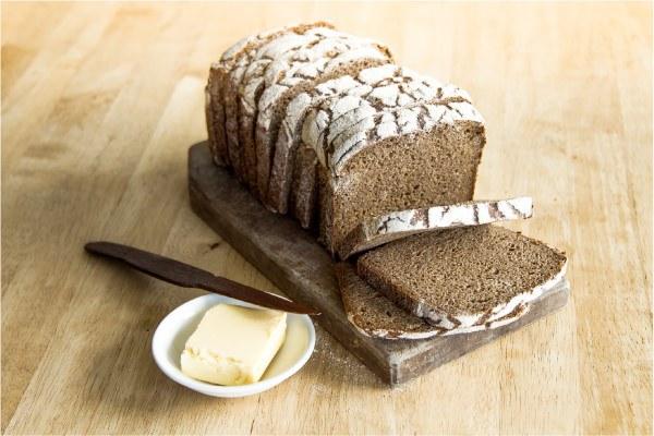Cómo hacer pan de centeno integral