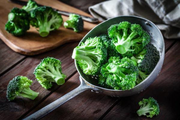 Alimentos que nos ayudan a combatir la celulitis este verano brocoli