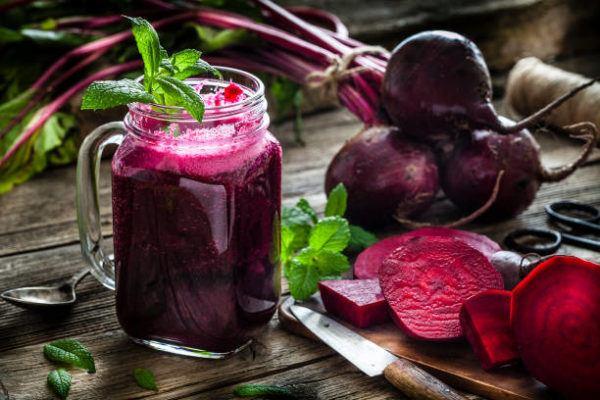 Alimentos que nos ayudan a combatir la celulitis este verano remolacha roja